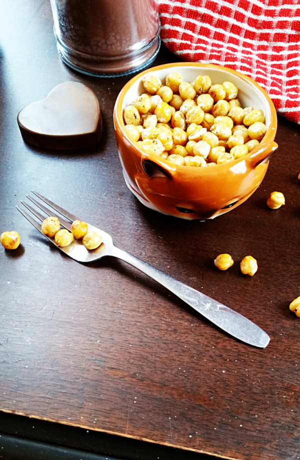 lemon-garlic-roasted-chickpeas-1