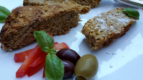 pumpkin-loaf-with-olives-wm